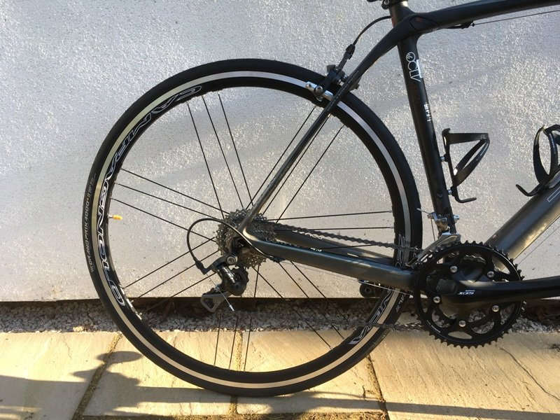 Campagnolo Zonda C17 rear wheel Mega G3 spokes