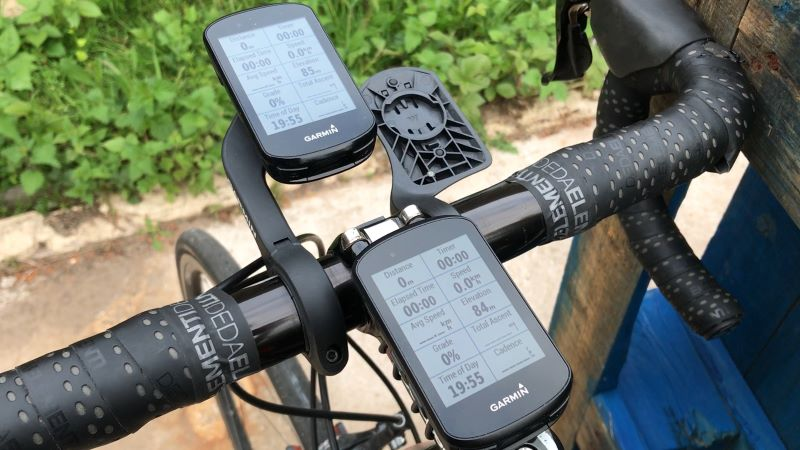 Edge 530 and 830 in stem and out front mount