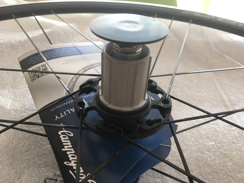 Shimano freehub Campagnolo Zonda C17 wheels