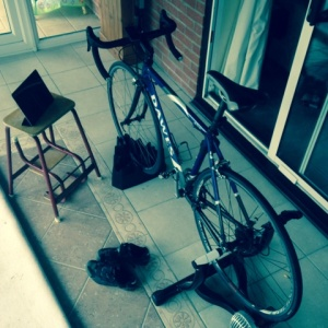 Turbo trainer set up small