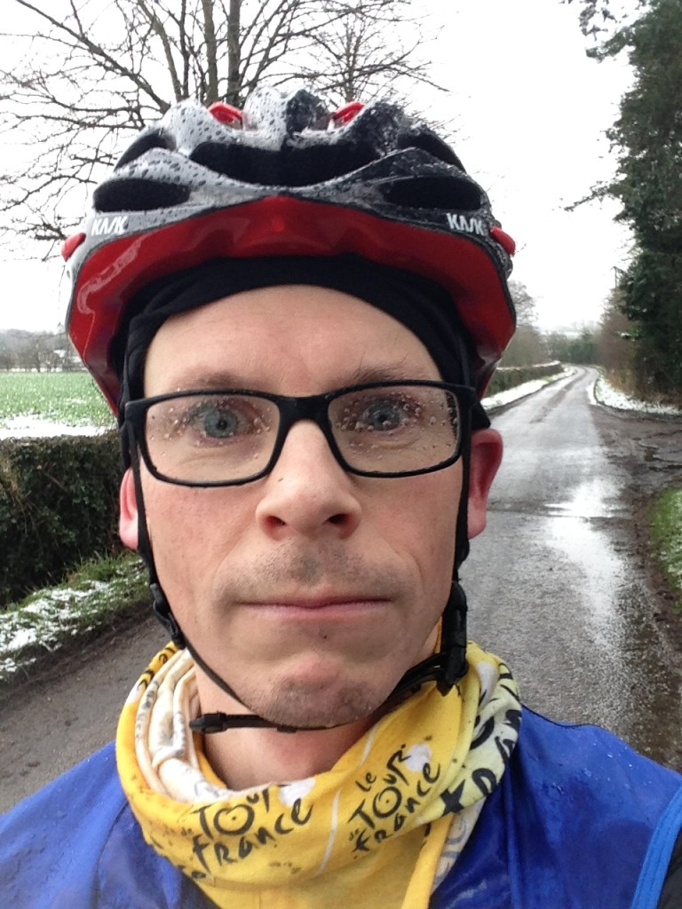 what to wear for winter cycling